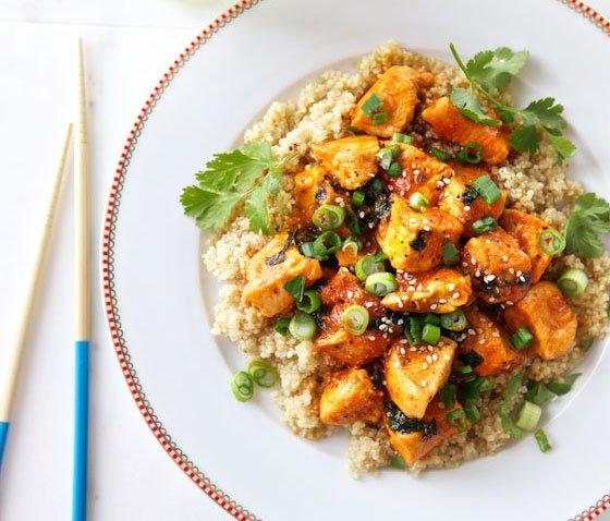 Spicy-Sriracha-Chicken-&-Quinoa-Bowl