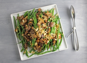 Green Beans with Caramelized Onions, Cremini Mushrooms and Almonds