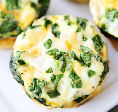 Mini Egg Frittatas with Spinach, Tomatoes, and Feta