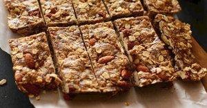 5-Ingredient-Peanut-Butter-Granola-Bars