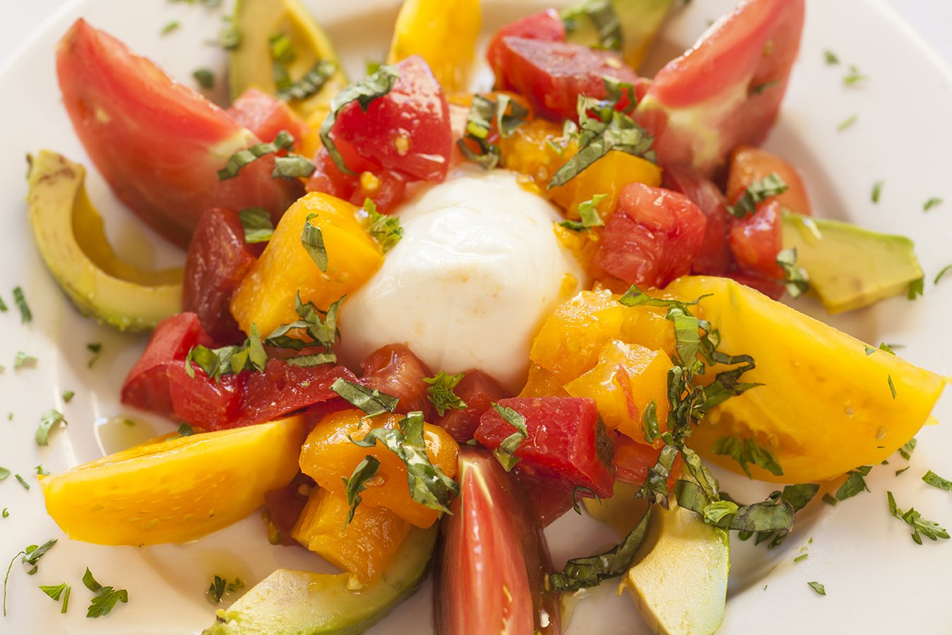 Avocado Salad with Heirloom Tomatoes Recipe – HealnCure