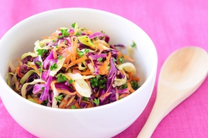 red cabbage salad with tofu