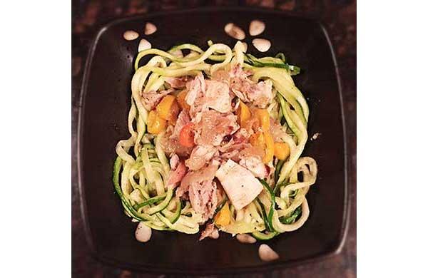 chicken zucchini noodles
