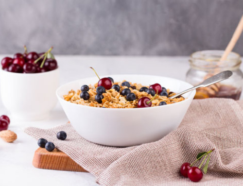 Nutty Oats with Berries